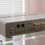 Shanling - A 2.1 Amplifier, back view