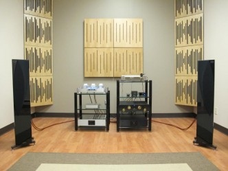 Smaller listening room set-up with Capriccio Continuo's Auralea 309