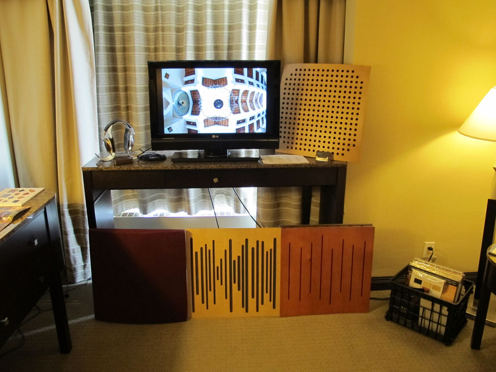 Vicoustic Panels + Calyx Audio Coffee DAC & headphone amp + CA Electronics HS-1 Headphone Stand